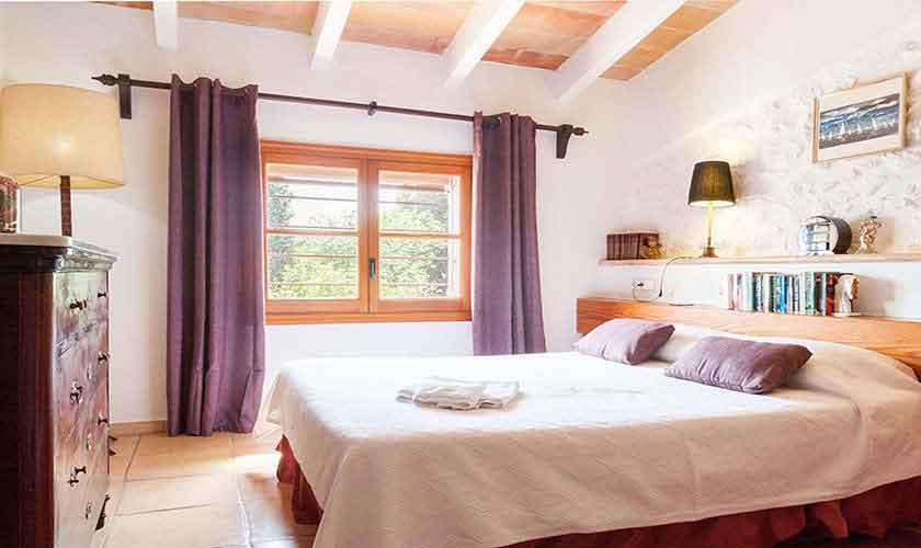 Schlafzimmer Ferienfinca Mallorca Norden PM 3750