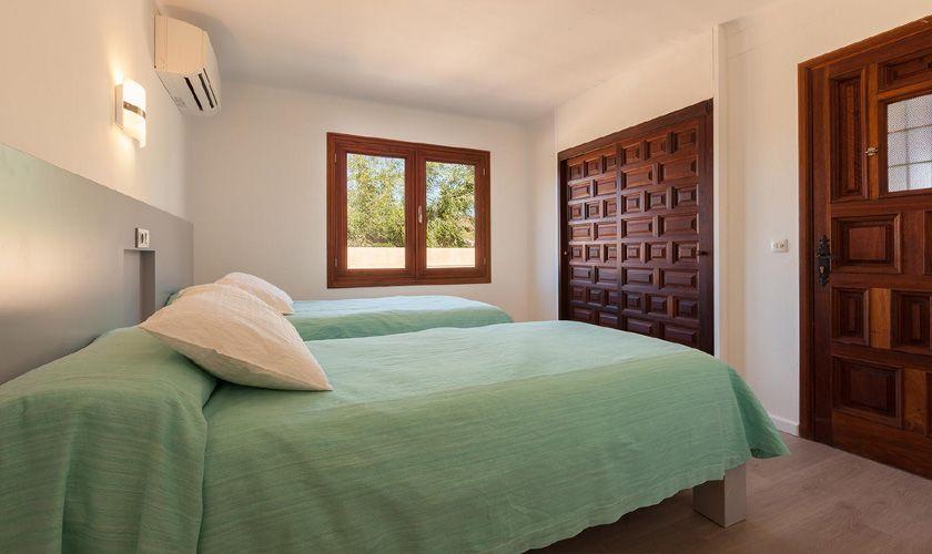 Schlafzimmer Finca Mallorca Pollenca für 6 Personen PM 3781