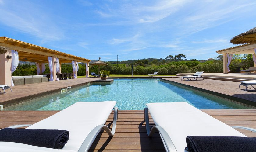 Pool der Luxusfinca Mallorca PM 3806