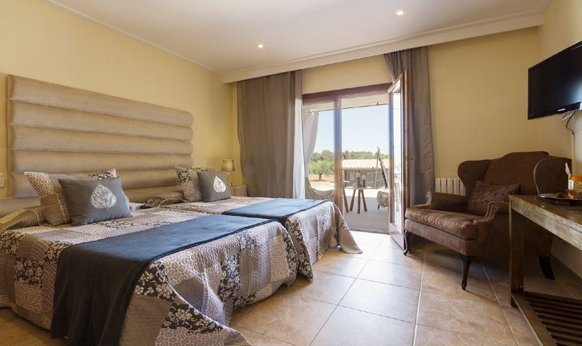 Schlafzimmer Ferienvilla Mallorca Nordküste PM 3806