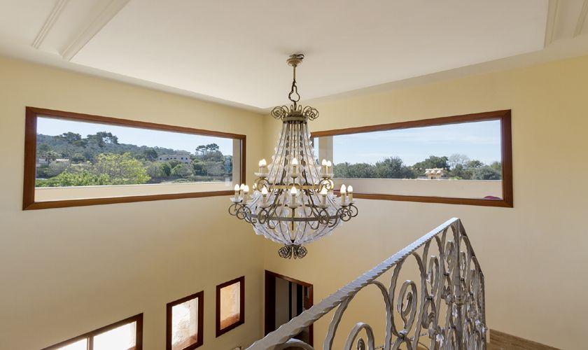 Treppenhaus Luxusvilla Mallorca Nordküste PM 3806