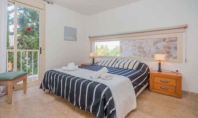 Schlafzimmer Ferienvilla Mallorca Nordküste PM 3807