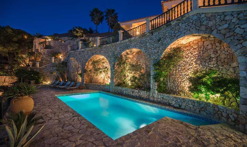 Pool bei Nacht Luxusvilla Mallorca Meerblick PM 3808
