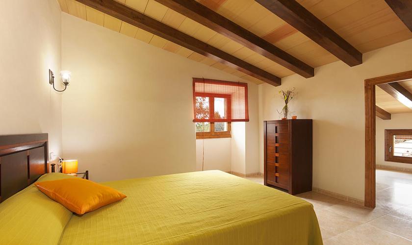 Schlafzimmer Finca Mallorca Pollenca PM 381