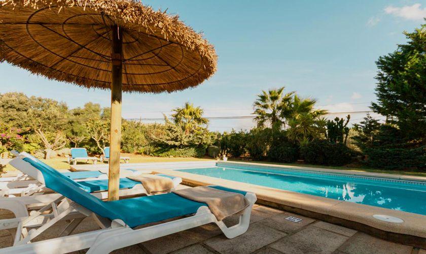 Pool und Liegen Finca Mallorca PM 3843