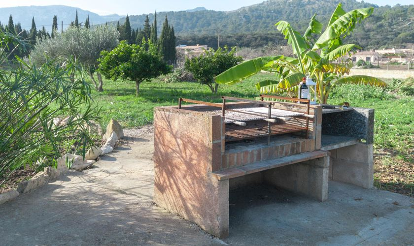 Barbecue Ferienfinca Mallorca 4 Personen PM 3845