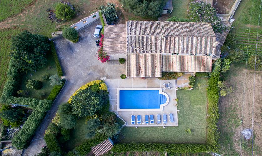 Blick auf die Finca Mallorca mit Pool PM 3846