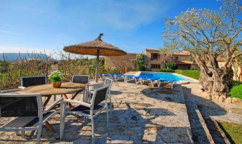 Pool der Finca Mallorca PM 384 für 10 Personen