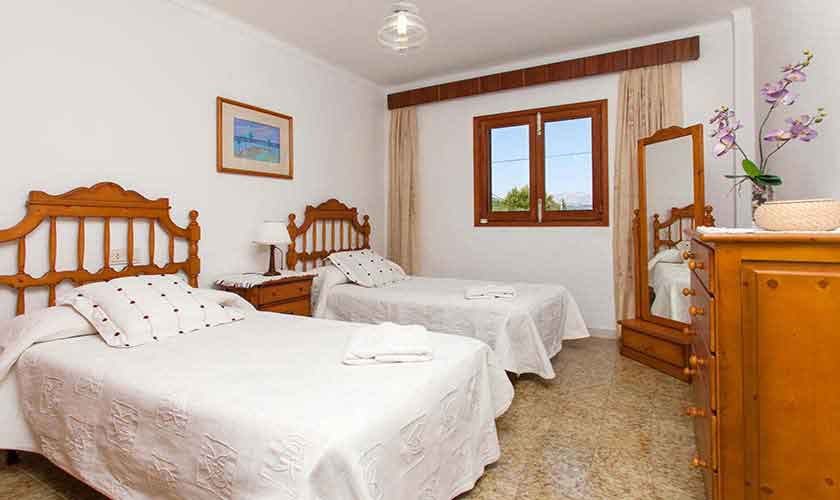 Schlafzimmer Finca Mallorca 8 Personen PM 3855