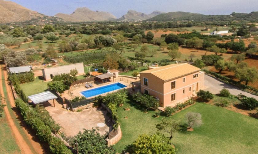 Luftbild Pool und Finca Mallorca Norden PM 3860