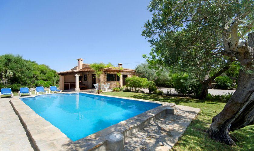 Pool und Finca Mallorca Pollensa PM 387