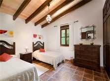 Schlafzimmer Finca Mallorca für 4 Personen PM 387
