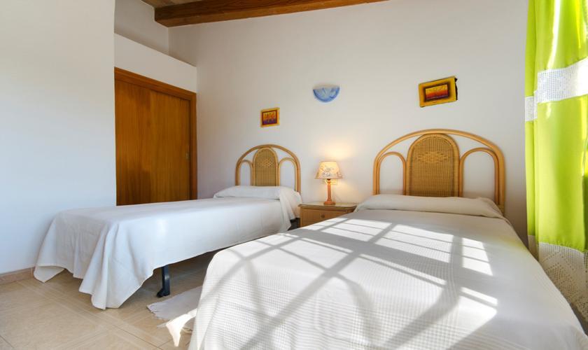 Schlafzimmer Finca Mallorca mit Pool PM 3892