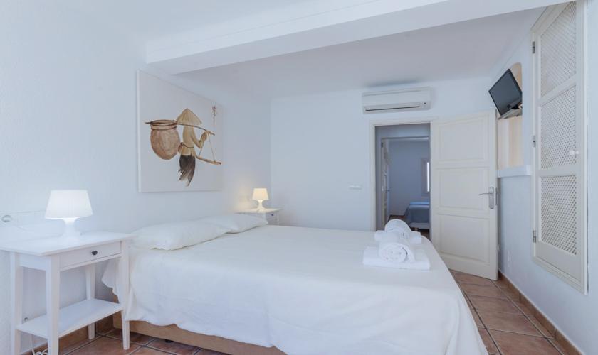 Schlafzimmer Dorfhaus Mallorca Pollensa PM 3895
