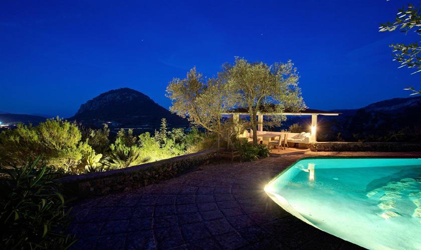 Pool und Finca Mallorca PM 3910 bei Nacht