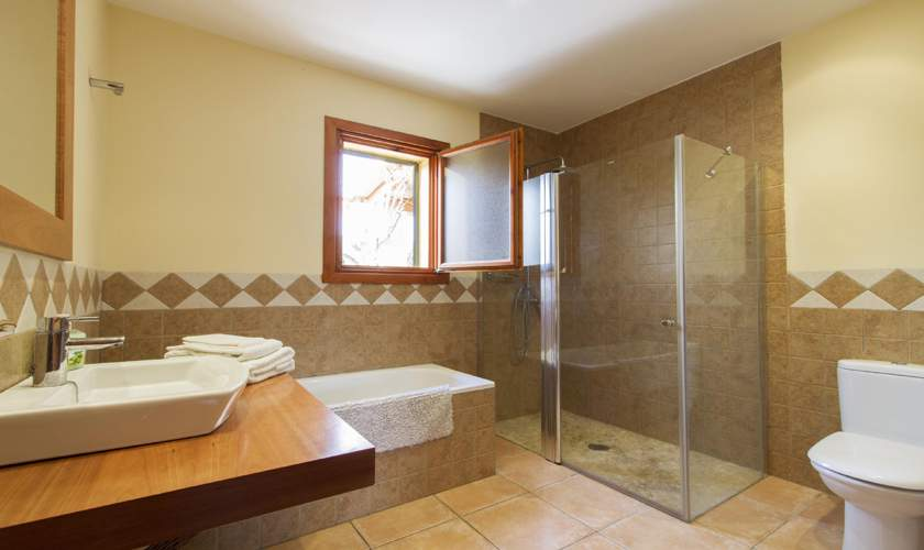 Bad en suite Finca Mallorca Norden PM 3925