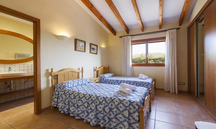 Schlafzimmer Finca Mallorca Norden PM 3925