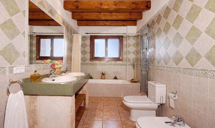 Badezimmer Ferienhaus Mallorca Nordküste PM 3926