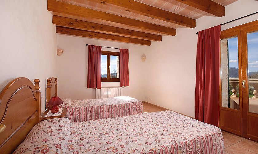 Schlafzimmer Ferienhaus Mallorca Nordküste PM 3926