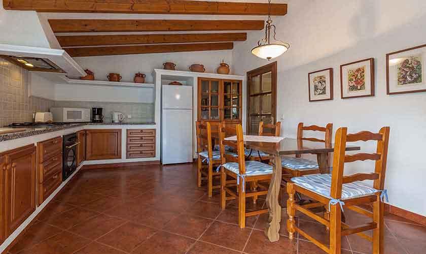 Küche Finca Mallorca Norden PM 3929