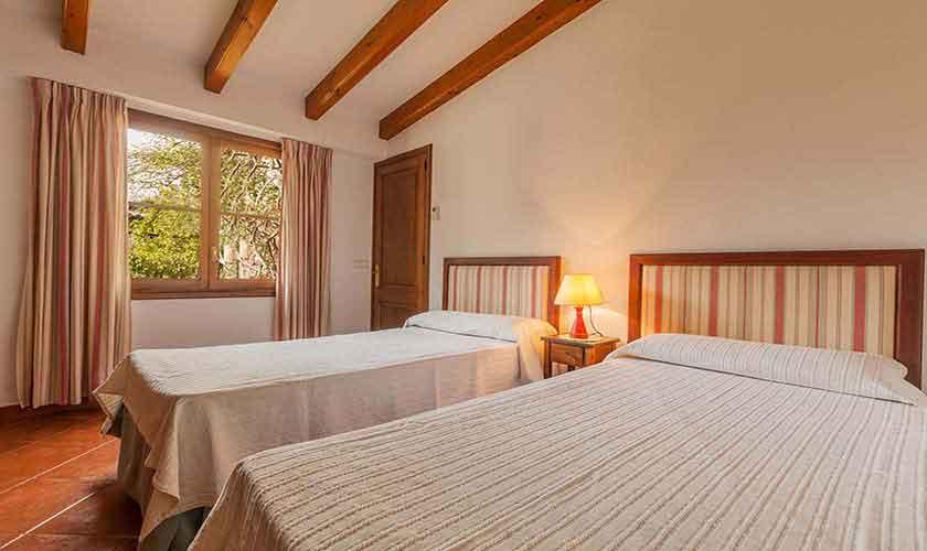 Schlafzimmer Finca Mallorca Norden PM 3929