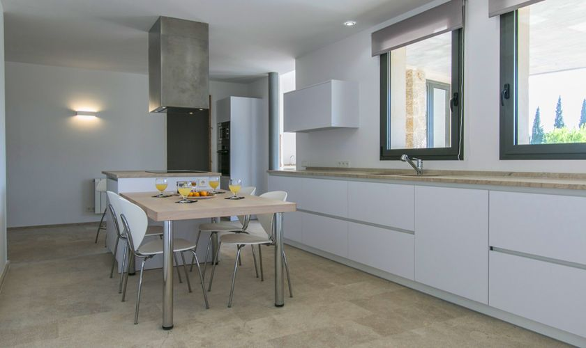 Küche Ferienvilla Mallorca Norden PM 3981