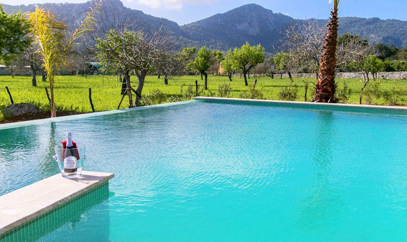 Pool und Ferienvilla Mallorca Norden PM 3981