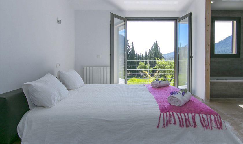 Schlafzimmer Ferienvilla Mallorca Norden PM 3981