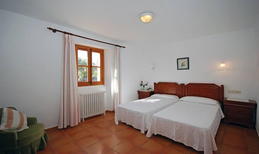Schlafzimmer Ferienfinca Mallorca für 8 Personen PM 398
