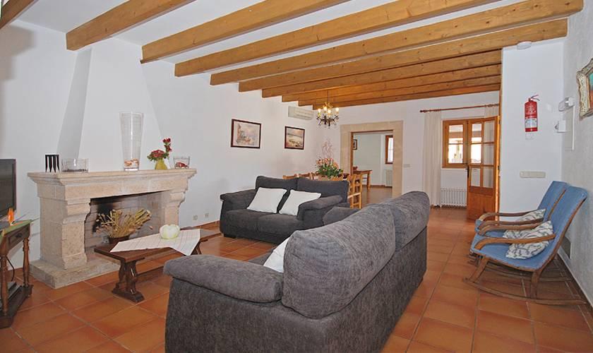 Wohnraum Finca Mallorca Pollenca für 8 Personen PM 398
