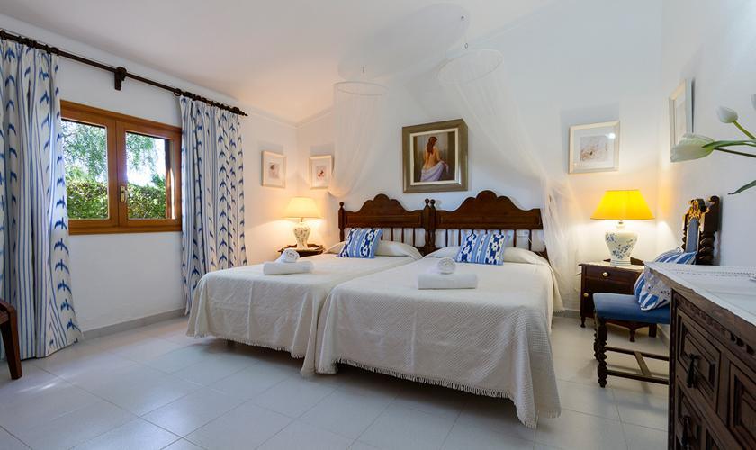 Schlafzimmer Finca Mallorca Nordküste PM 3997