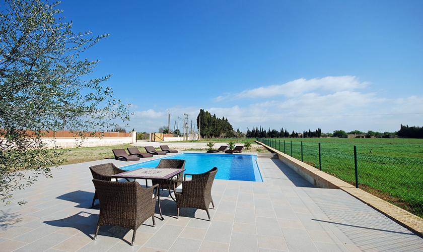 Pool der Finca Mallorca PM 422 für 6 Personen