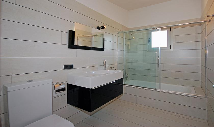 Badezimmer Finca Mallorca PM 422 für 6 Personen