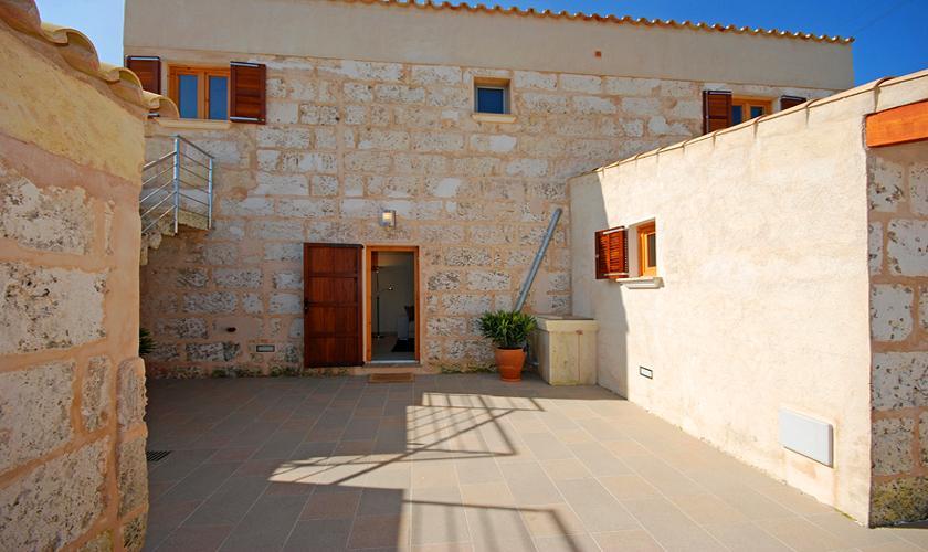 Blick auf die Finca Mallorca PM 422 für 6 Personen