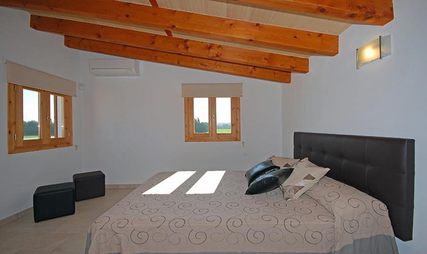 Schlafzimmer Finca Mallorca PM 422 für 6 Personen