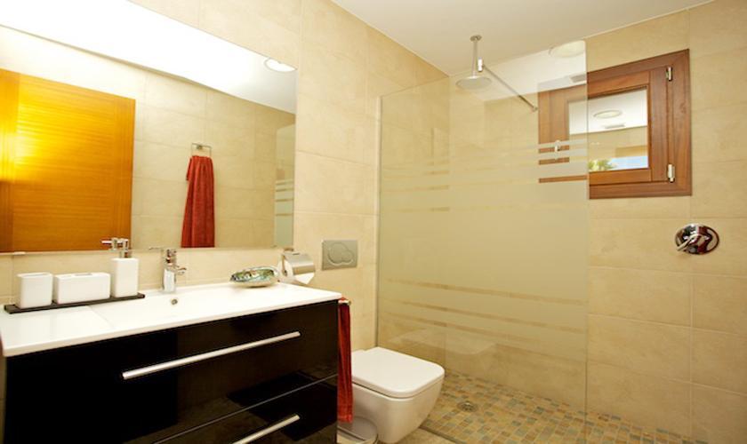 Badezimmer Ferienhaus Mallorca Norden PM 4273