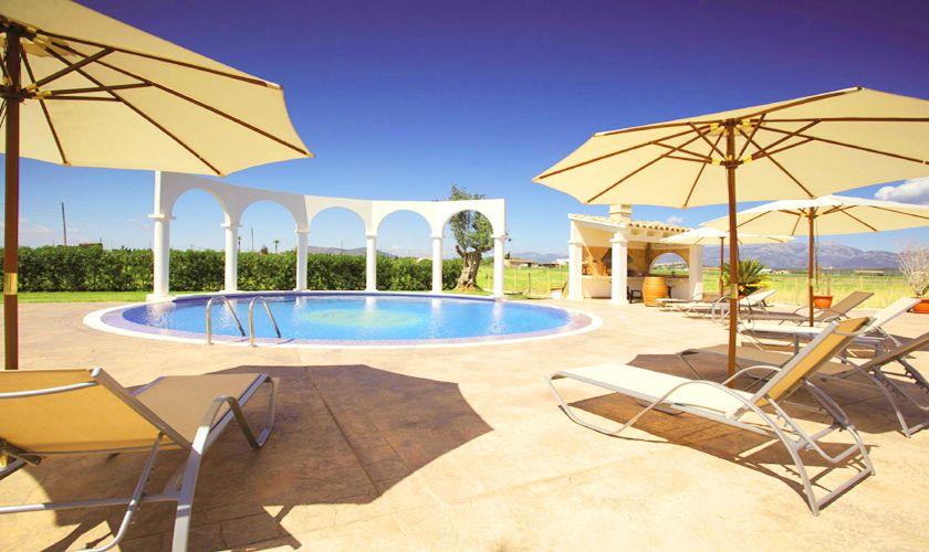 Pool und Terrasse Villa Mallorca Norden PM 427