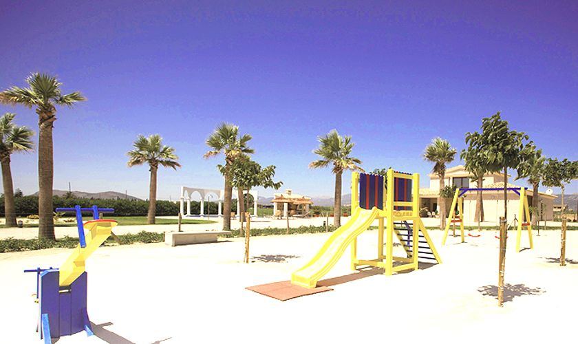 Spielplatz Ferienvilla Mallorca Norden PM 427