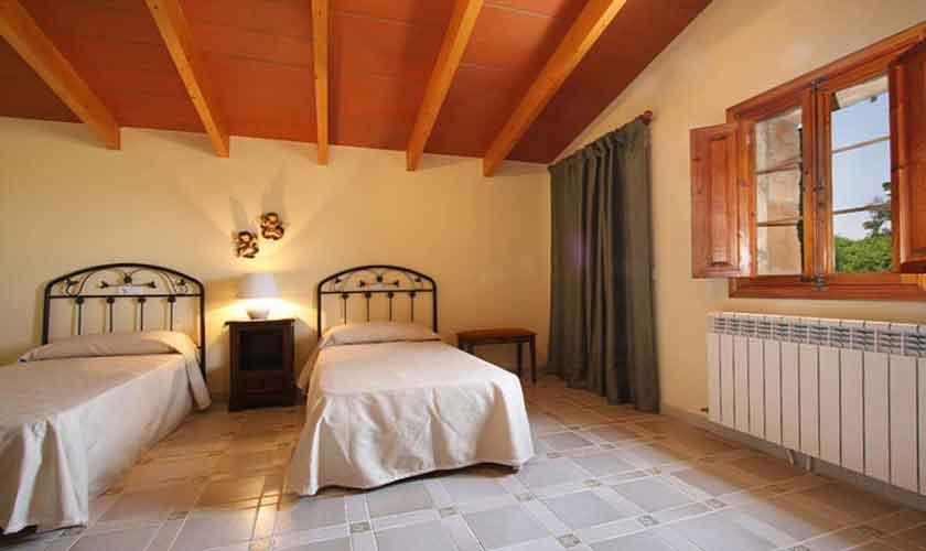 Schlafzimmer Finca Mallorca Norden PM 430