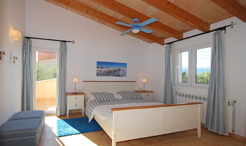 Schlafzimmer Ferienhaus Mallorca PM 440