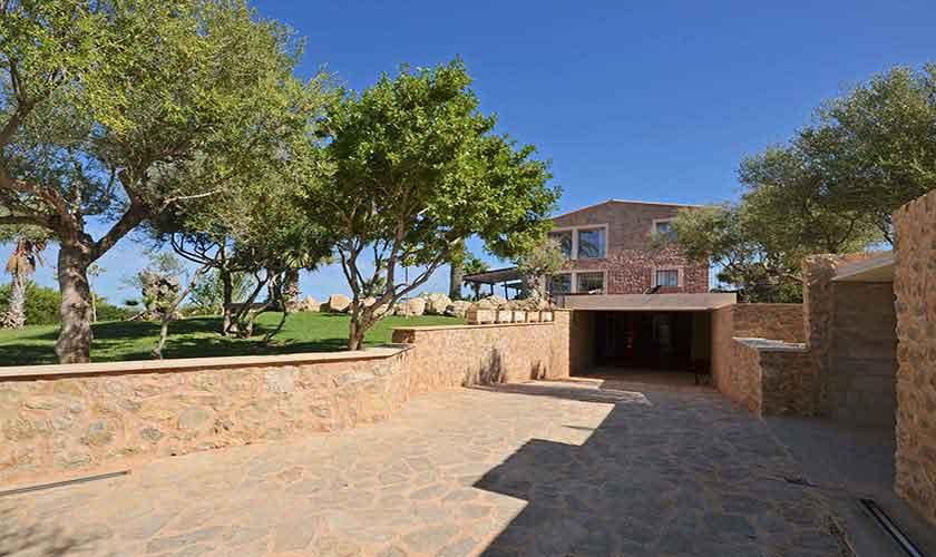 Zufahrt Ferienhaus Mallorca Nordküste PM 450