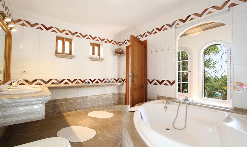 Badezimmer Ferienvilla Mallorca Ostküste PM 511