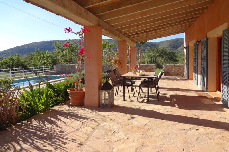 Terrasse Finca Mallorca Nordosten für 6 Personen PM 5204