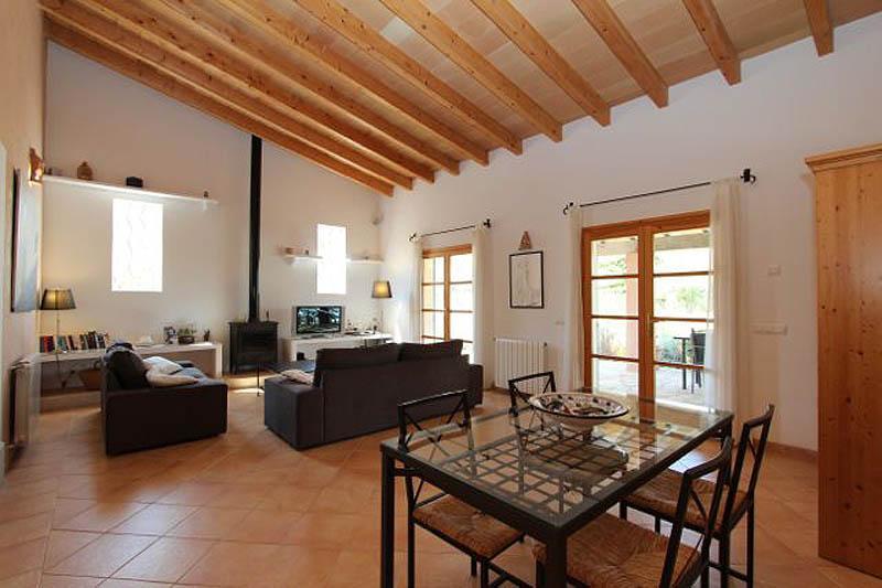 Wohnraum Finca Mallorca Nordosten für 6 Personen PM 5204
