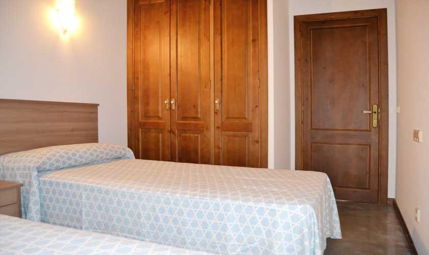 Schlafzimmer Ferienhaus Mallorca Nordosten PM 5351