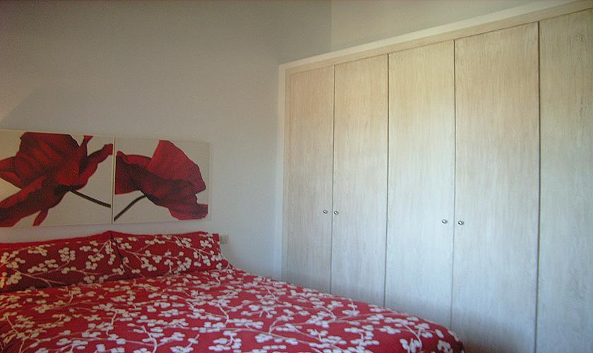 Schlafzimmer Ferienfinca Mallorca Nordosten PM 5372