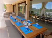 Terrasse mit Esstisch Luxusvilla Mallorca Ostküste PM 5398