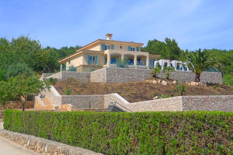 Blick auf die Luxusvilla Mallorca Ostküste PM 5398
