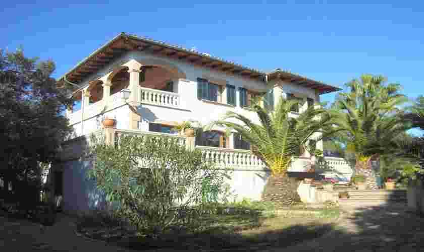Blick auf die Ferienfinca Mallorca Arta für 10 Personen PM 542