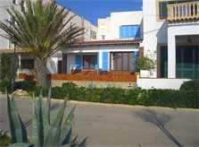 Blick auf das Ferienhaus am Strand in Cala Ratjada  PM 547